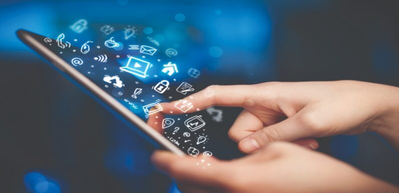 Business Intelligence and Mobile Applications
